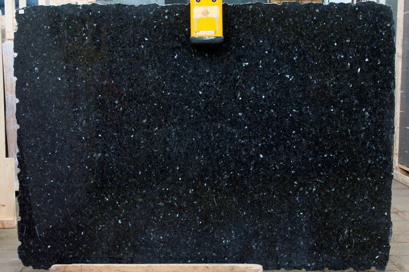 Гранит Эмеральд Перл (Granite Emerald Perl)
