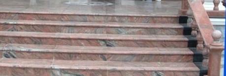 лестница гранит Multicolor Red