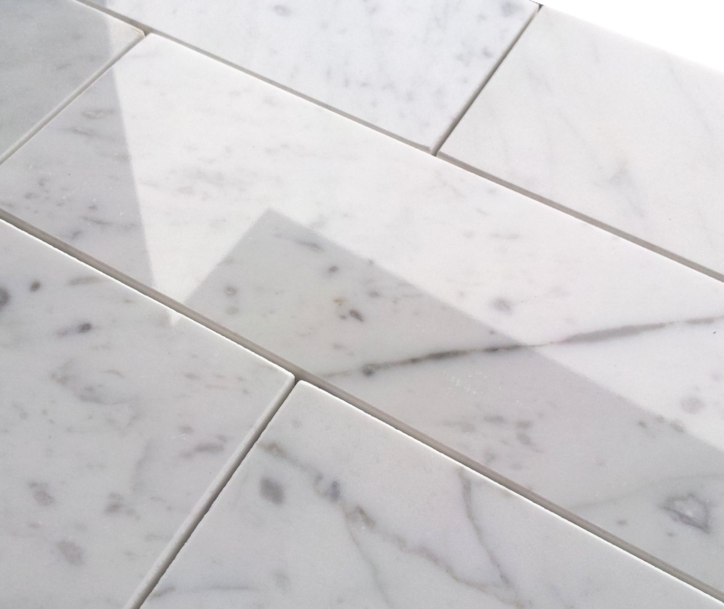 мрамор каррара полы