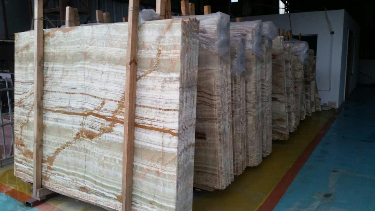 Склады и цены на гранит, мрамор, оникс, травертин, агломерат и прочие камни