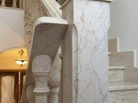 каменная лестница мрамор