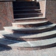 гранит капустинский лестница